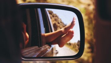 pieds secs et abîmés